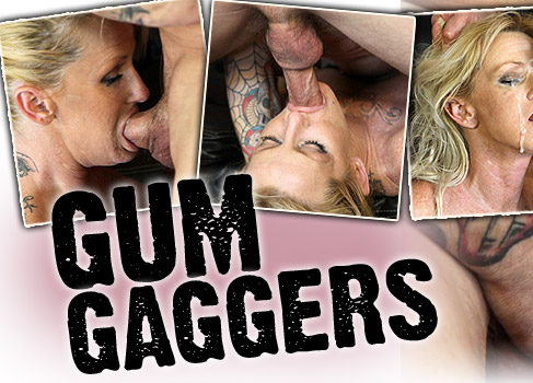 Granny Whore Crazy Jane Takes off her dentures and gives a gum job